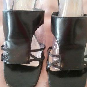 Shoes - Ladies Shoes